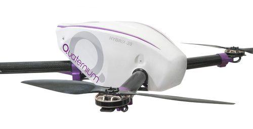 Um drone para agricultura que voa 2 horas sem parar e carrega 20kg de produto