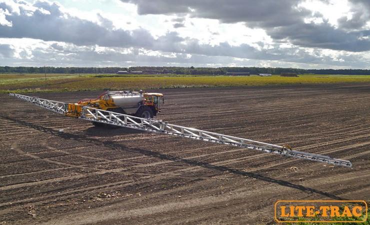 Lite Trac é o maior pulverizador da Inglaterra