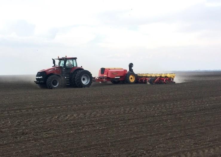 Recorde em plantio de milho: 502 hectares em 24 horas