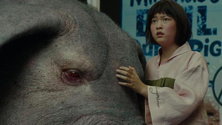 Okja: a marca John Deere em um filme contra a suinocultura
