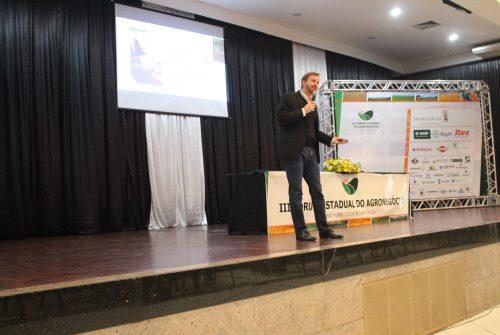 """""""Esse é o momento de estar na agricultura"""", aponta o Eng. Agr. Dr. Marcos Fava Neves"""