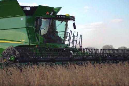 Novas colheitadeiras John Deere série 700, em vídeo